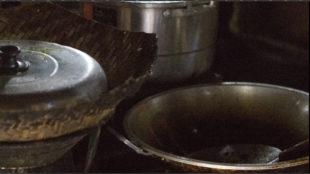 exterme ruis in een afbeelding met pannen