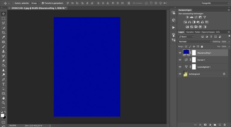Een blauwe laag