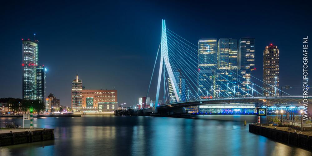 Mooiste avondfoto van de Erasmusbrug