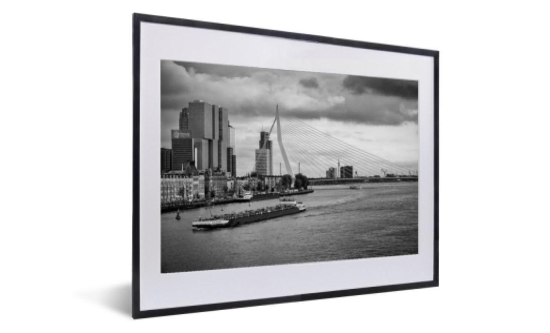 Ingelijste foto van de Erasmusbrug in Zwart-Wit