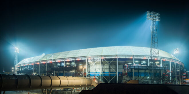 Avondfoto De Kuip - Stadion Feyenoord