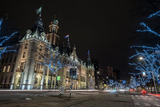Kerstversiering stadhuis Rotterdam