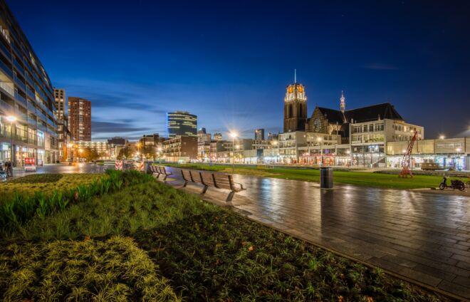 Avondfoto Laurenskerk in Rotterdam
