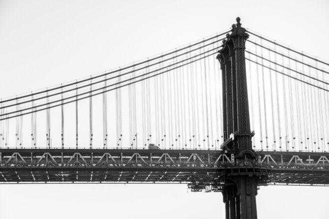 Manhattan Bridge New York (high key)