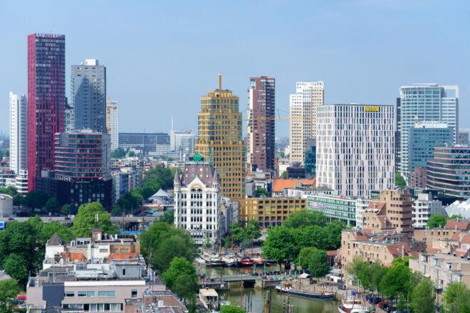Skyline foto Oude Haven en Wijnhaven in Rotterdam
