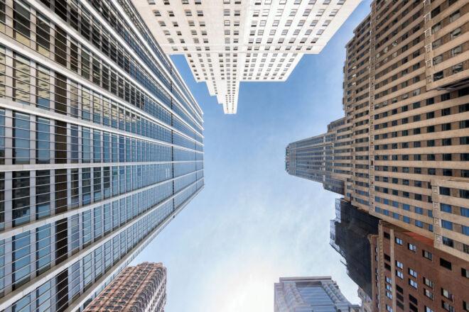 Skycrapers at Pine Street - William Street in New York