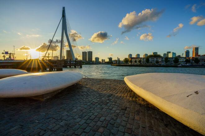 Mooiste foto zonsondergang Rotterdam met Erasmusbrug