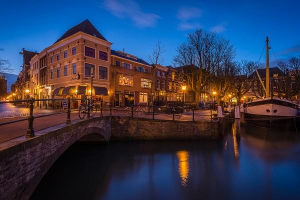306. Avondfoto Dordrecht: Vlak / Kuipershaven