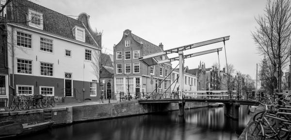 06. Amsterdam Brug Staalstraat (zwart-wit)