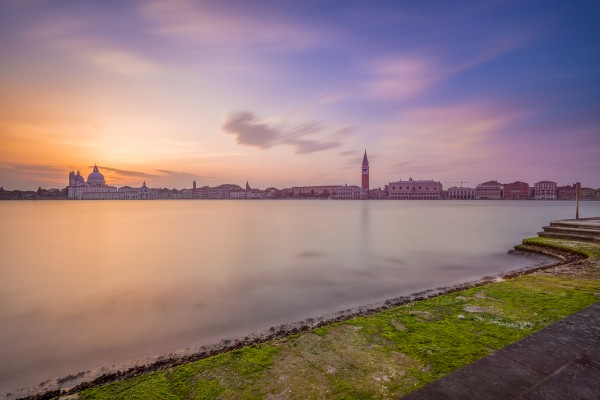 Zonsondergang in Venetië vanaf San Giorgio Maggiore