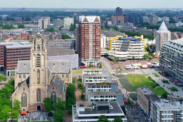 206. Uitzicht Rotterdam vanaf World Trade Center