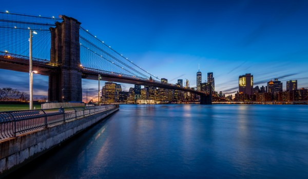 044. Skyline Manhattan and Brooklyn Bridge by Night, New York